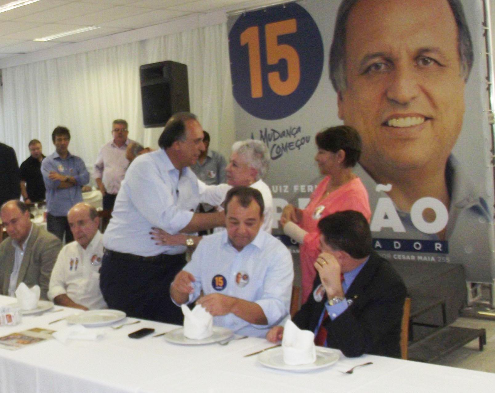 Cidinha debate melhorias para o Rio de Janeiro em almoço com o governador Pezão
