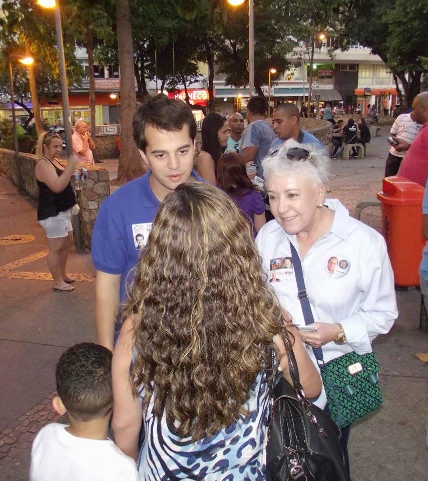 Cidinha ganha o carinho dos eleitores em caminhada no Méier