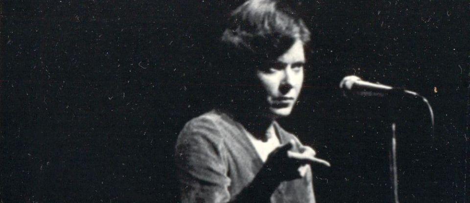 Na época de atriz, Cidinha estrela a peça 'Homem Não Entra', que foi notícia no New York Times